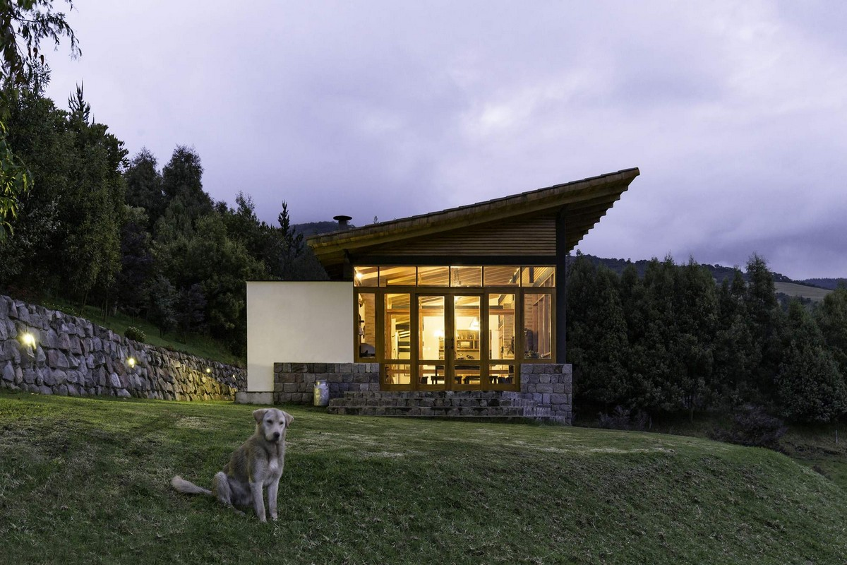 unikalnyj-zagorodnyj-kottedzh-na-sklone-vulkana-v-ekvadore